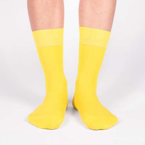 Однотонные жёлтые носки