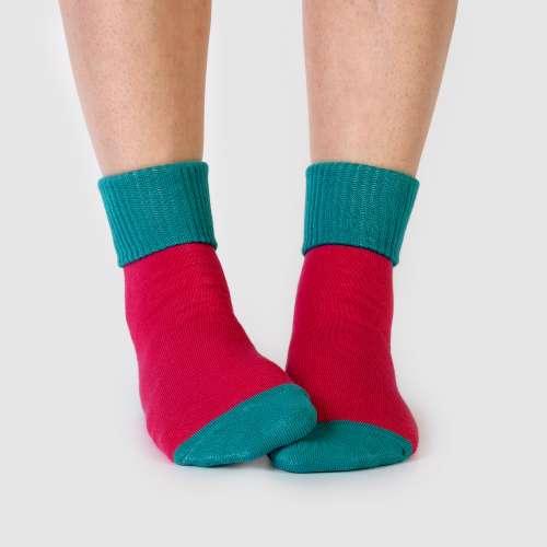 Купить малиново-бирюзовые носки